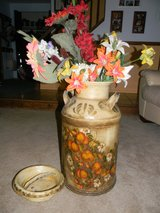 Hand Painted Milk Can w/ Cover and floral arrangement. in Bartlett, Illinois