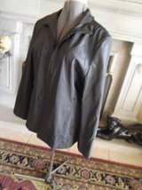 Black Nylon lined womens jacket XL in Las Cruces, New Mexico