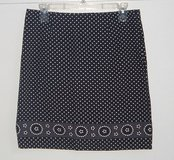 SO Black & White Polka Dot Skirt With Floral Trim Bottom Size 7 Juniors in Oswego, Illinois