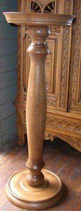NEW !!Solid Oak Plant Stand/Pedestal Table BY DEALER in Ramstein, Germany