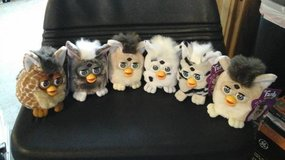 1999 FURBY BUDDIES W/ TAGS in Vacaville, California